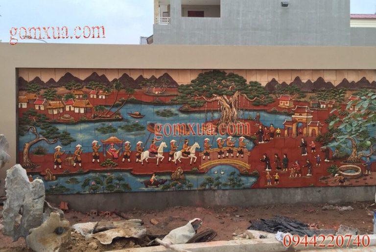 Tranh gốm ốp tường đẹp nhất trang trí sân vườn